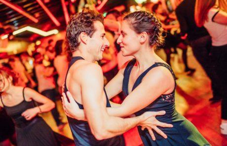 Couple de danseurs de Rock 4 Temps